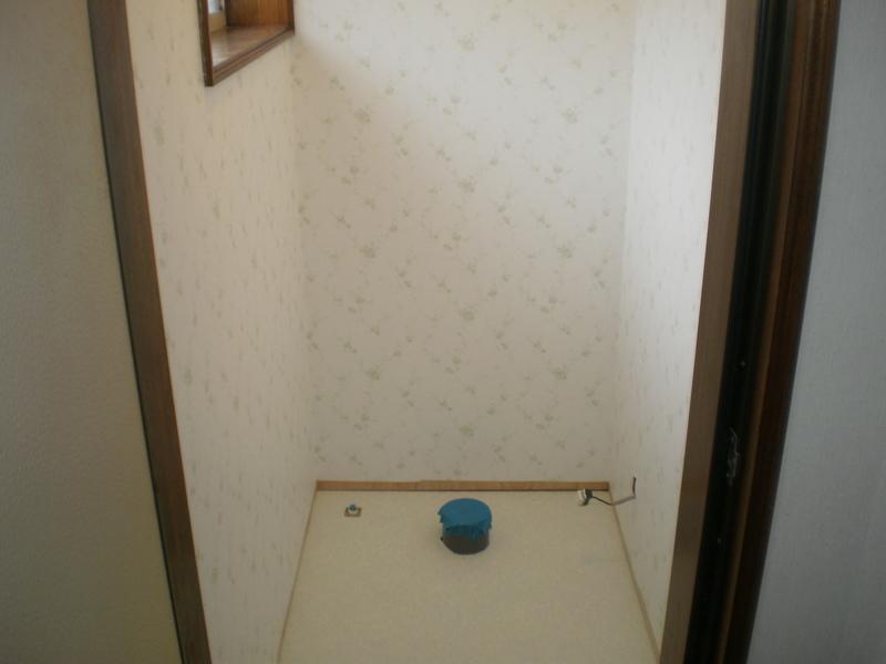 内装工事 施工完了  内装工事 施工完了 トイレリフォーム完了 物件スペック   和式トイレから