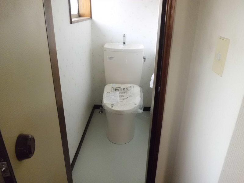 トイレリフォーム完了 トイレリフォーム完了   和式トイレから洋式トイレへ:栃木県宇都宮市