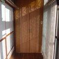 廊下の角に物入れ収納及び廊下間仕切りドア